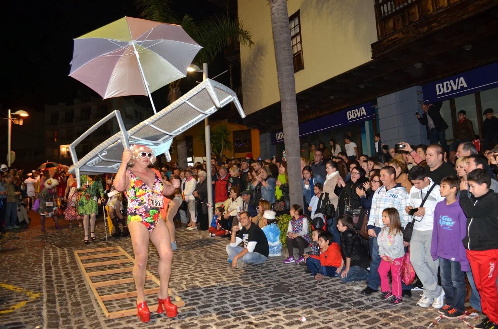 Puerto de la Cruz espera a las mascaritas con tacón